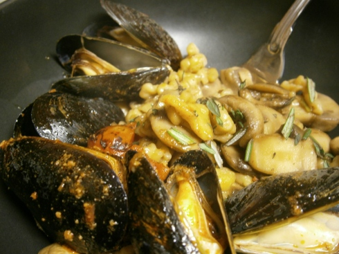 The whole she-bang: mussels with their broth, mushrooms, and spaetzle. A lovely way to end the year.